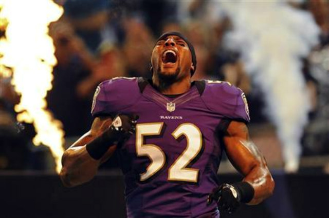 baltimore ravens linebacker ray lewis is introduced to the crowd before playing the detroit lions in a preseason nfl football game in baltimore md on aug 17 2012 credit reuters p